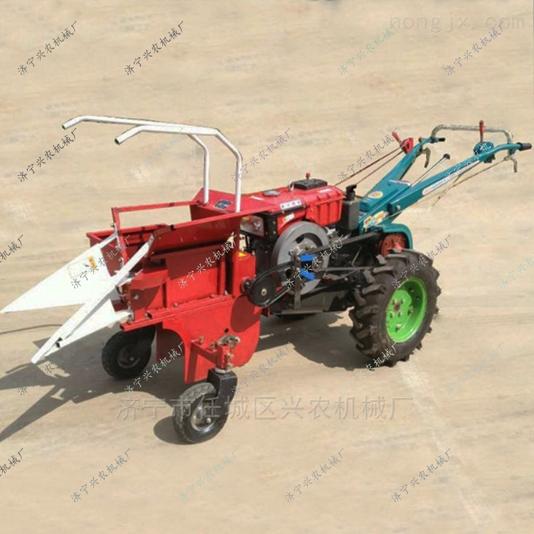 多功能收获机小型秸秆还田机柴油玉米收割机