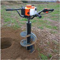 多用途自走式挖坑机东北冻土钻坑机 动力强