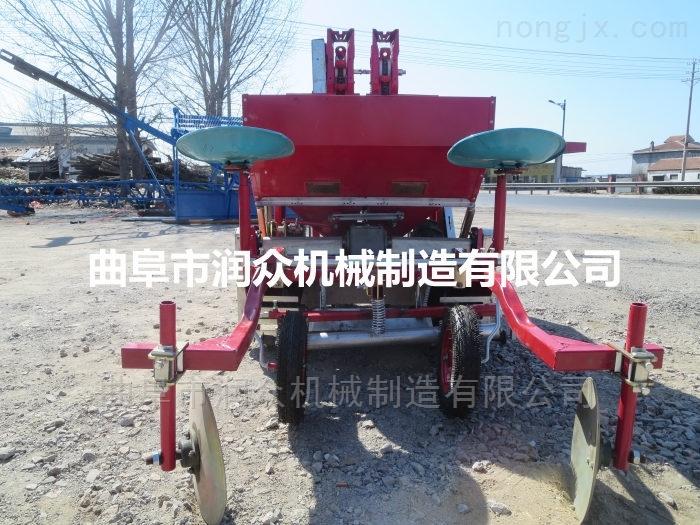 拖拉机带土豆覆膜喷药播种机 洋芋种植机